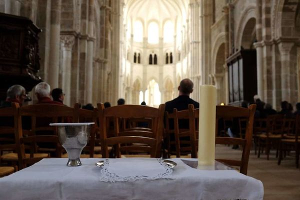 Moments: From Vézelay to Bethany